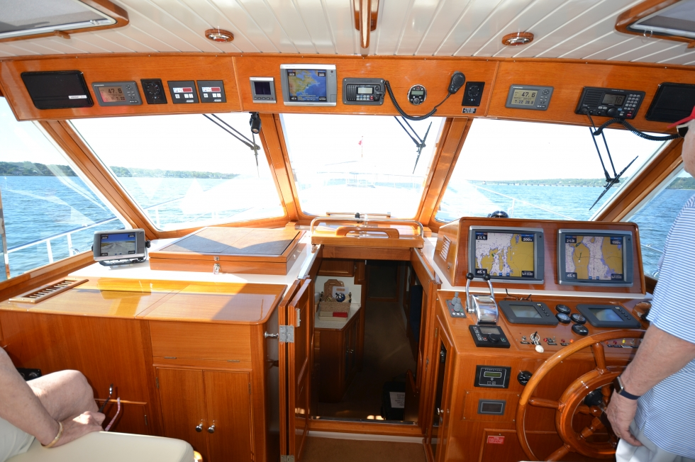 2004 Grand Banks Eastbay 49