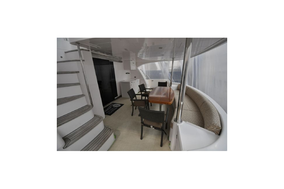 Horizon 52PC - Far Niente - Aft Deck in Storage