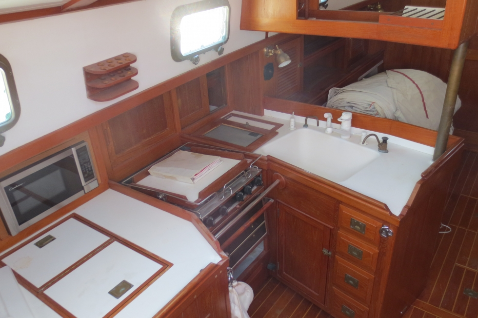 Shannon 43 Galley